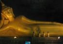 Buddhastatue im Suwanakuha Tempel
